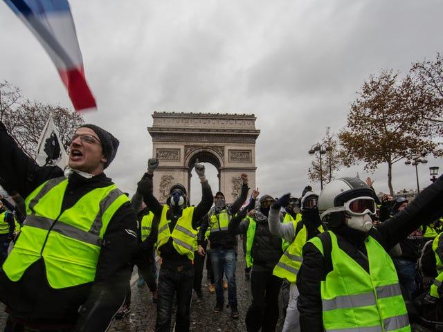 Rancangan Bencana Cukai Gas Perancis Kami Tidak Dapat Menyelamatkan Bumi dengan Membengkokkan Lebih Banyak Orang Miskin