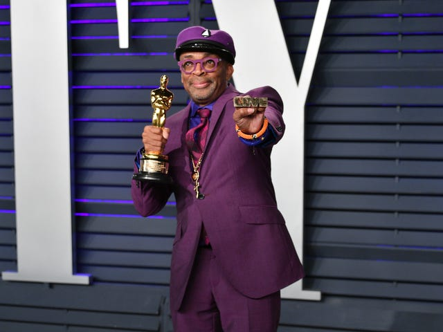 Faites ce qu'il y a de plus blanc: le chef du parti raciste qualifie le discours de Oscar de Spike Lee de «succès raciste»