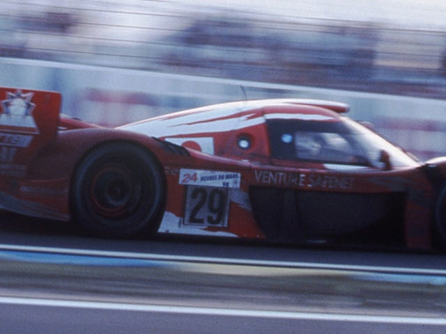Toyota GT-One: The Spirit Of Endurance Racing I Ett Badass Foto