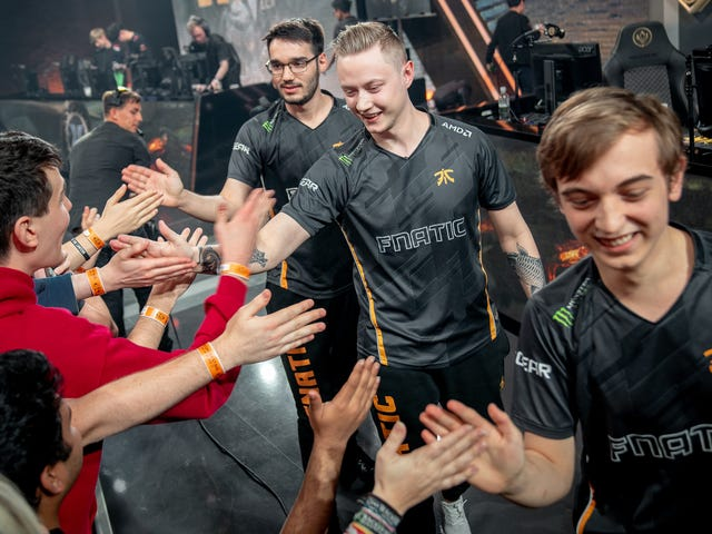 The Weekend In Esports: Midseason Madness