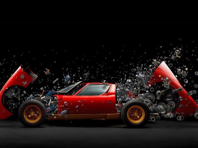 Esta foto de un Lamborghini en explosión explotará tu mente