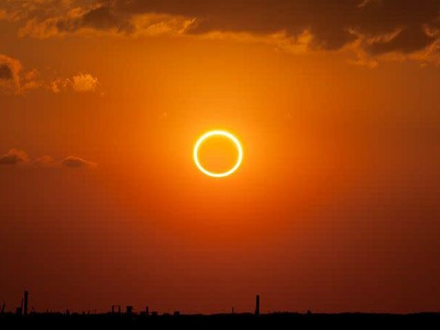 Watch The Sun Turn Into a Ring of Fire Here Tonight