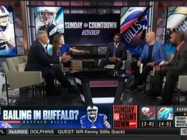 Hosting An NFL Pregame Show Seems Like A Shitty Gig