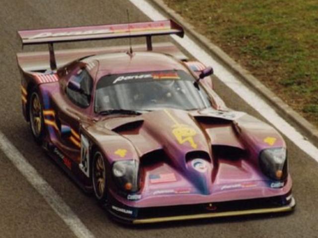 ドンパノズは、彼が「Sparky」と呼ぶV8エスペランテハイブリッドを使用して、耐久レースの未来を予測しました。