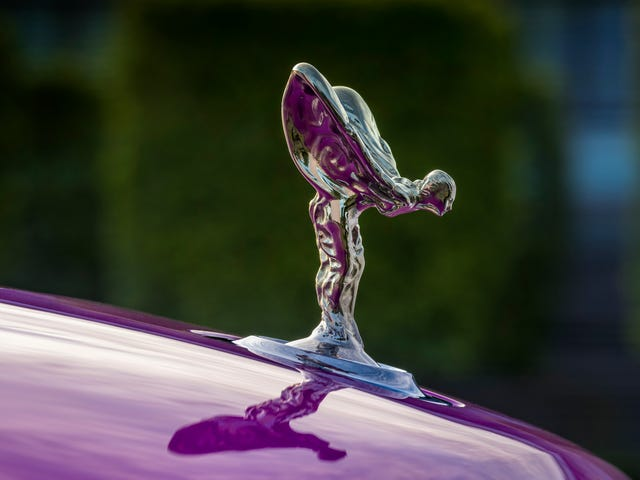 Rolls-Royce's Hood Ornament Is Actually A Tribute To A Secret Affair
