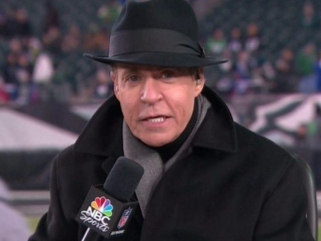 Bob Costas Wore a Fedora on Thursday Night Football and the Internet Had Jokes
