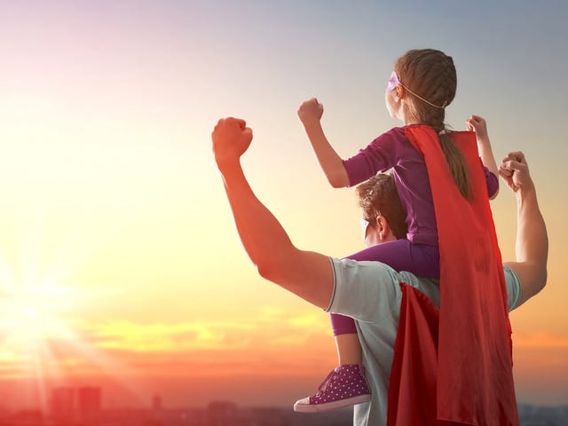 एक आशावादी बच्चे को कैसे उठाएं