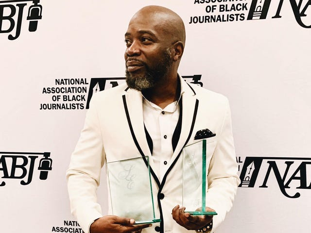 Doin 'Big Thangs: The Root's Michael Harriot Inks a Two-Book Publishing Deal;  Vil bringe 'Wypipology' til messene