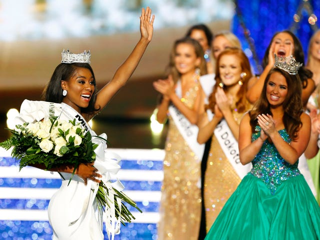 This Is (Miss) America: New Yorker Nia Franklin Takes the Crown in Revamped Beauty Pageant