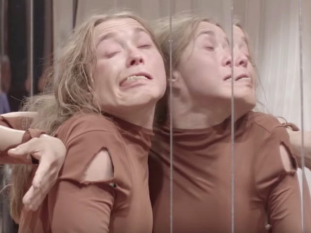 Watch How Some of <i>Suspiria's</i> Most Disturbing Moments Came to Life