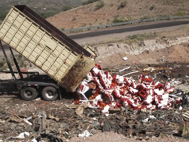 Jalan Gila, Rusak Makanan Super Yang Menyuplai Produk Amerika
