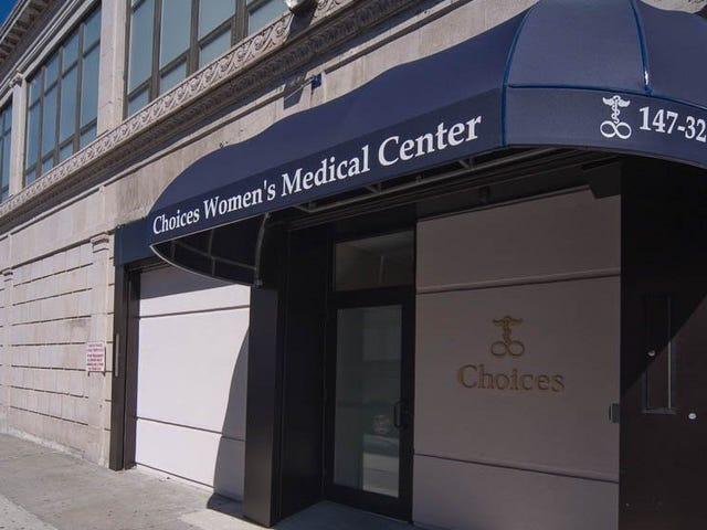 Federal Judge Rules That Anti-Abortion Protesters Are Not Harassing Patients Outside New York Clinic