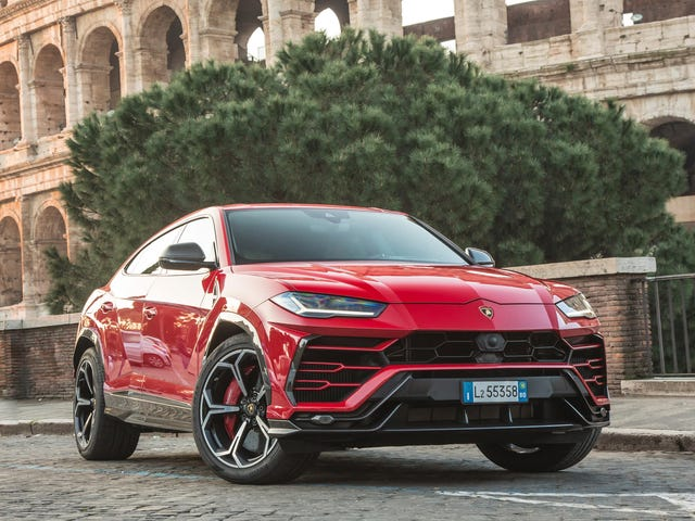 Lamborghini minder sig selv om, at den ikke ønsker at sælge for mange biler