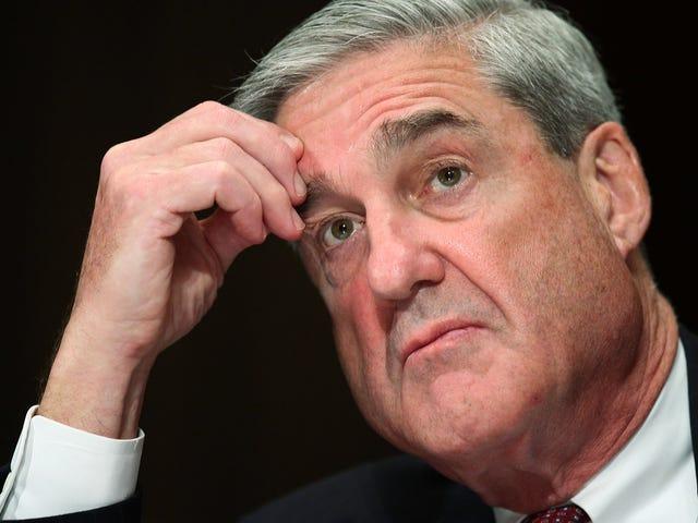 罗伯特·穆勒(Robert Mueller)为什么会让三名辩护律师离开他们的客户? <em></em>