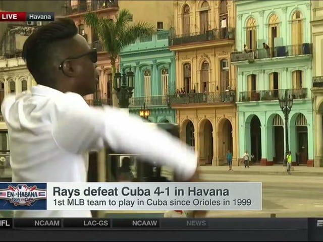 시위대에 의해 중단 된 쿠바에서 살아있는 <em>SportsCenter</em> 히트