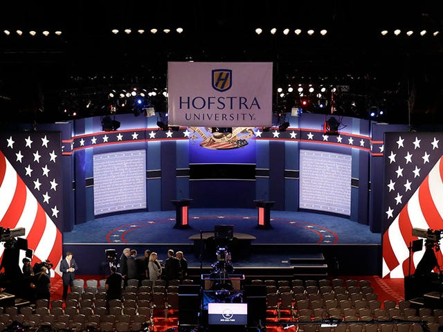 Journalists at the Presidential Debate Must Pay $200 for Wi-Fi [Update]