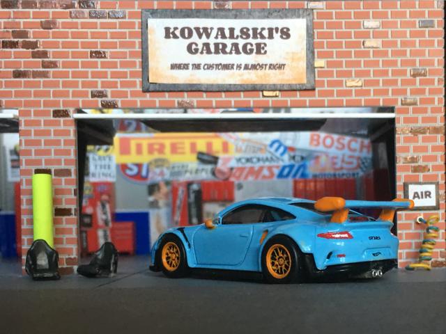 LaLD Car Week: Blue