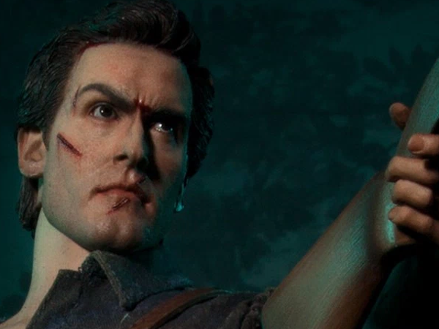 """Yes, You're Allowed to Describe This Evil Dead IIFigure As """"Groovy"""""""