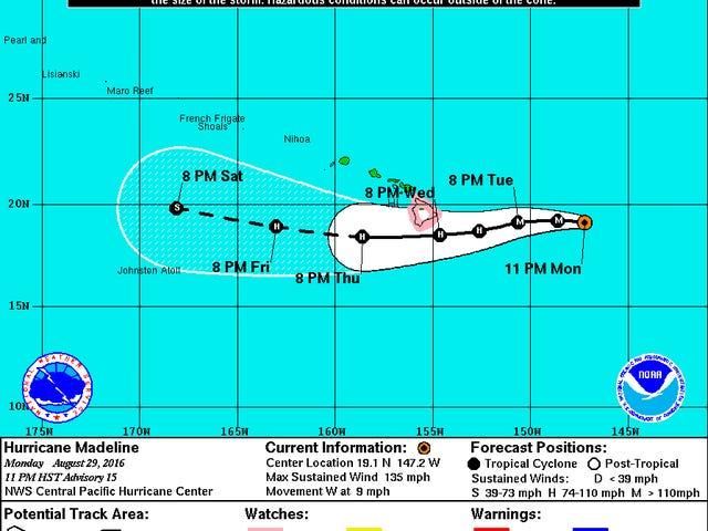 「前例のない」対のハリケーンがハワイに向かって激動