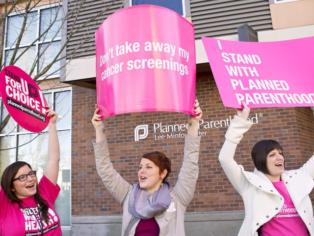 Texas Asks For Millions in Federal Funds to Help Defund Planned Parenthood
