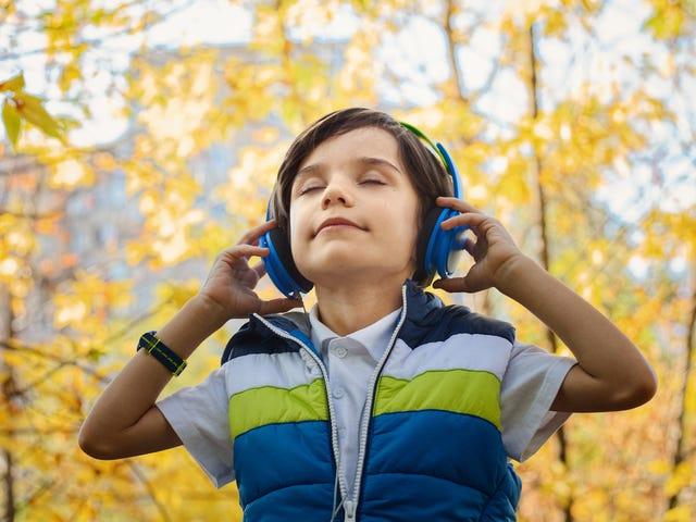 Kunin ang Iyong Mga Bata sa Mga Podcast at Audio Books na may Pinna