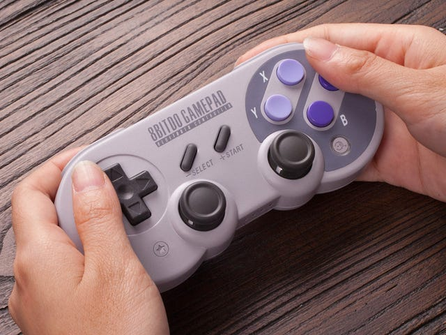 This SNES-Style Nintendo Switch Controller Is Designed to Play 32 Years of Games