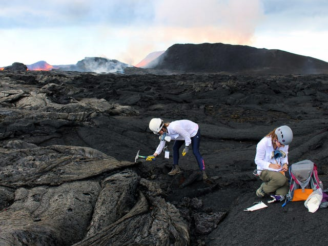 The All-Women Team of Scientists That Trekked to the Heart of Kilauea Volcano's Eruption