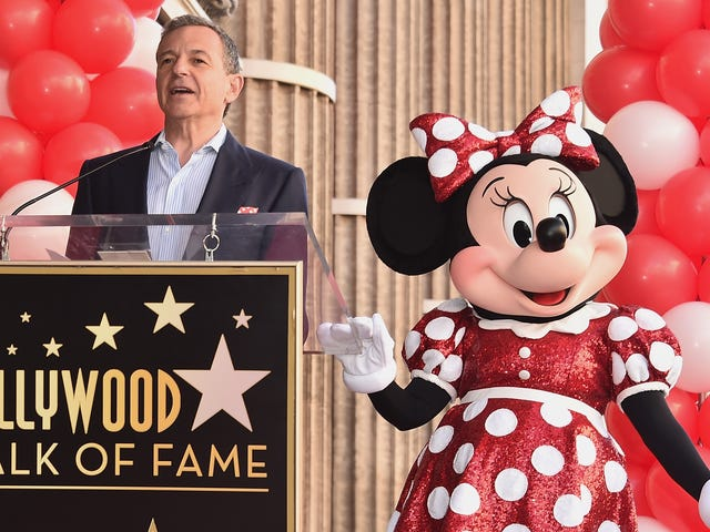 Congrats to Minnie Mouse, Who Finally Got Her Hollywood Walk of Fame Star