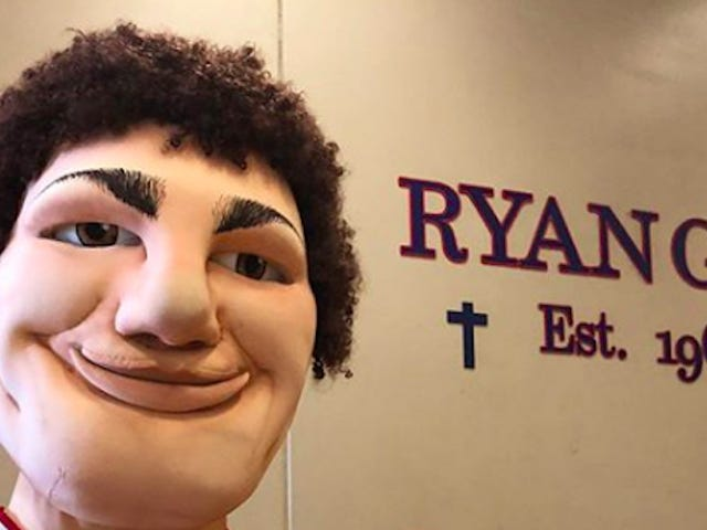 Robin Lopez Has Another Mascot To Defeat: His Own Brother