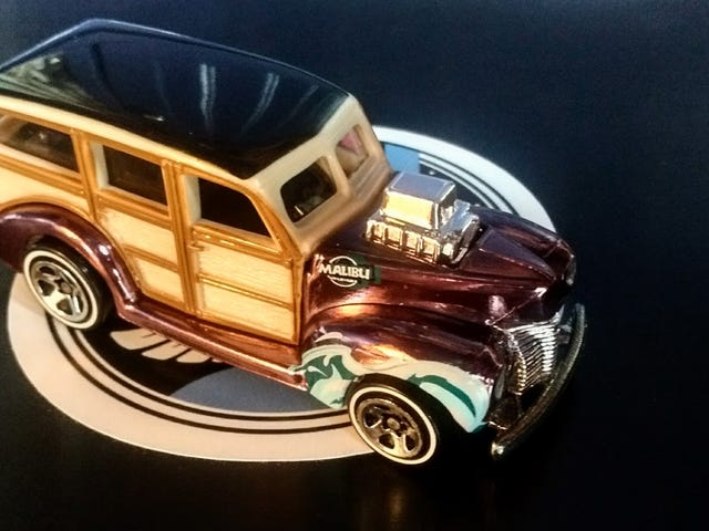 Wagon Wednesday - Hot Wheels Classics 1940's Woodie