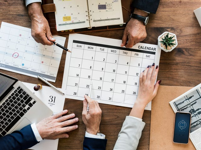 What to Do With Your Money in 2019 According to Financial Advisors