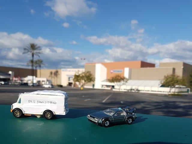 LaLD Field Trip: Twin Pines Mall w Boże Narodzenie