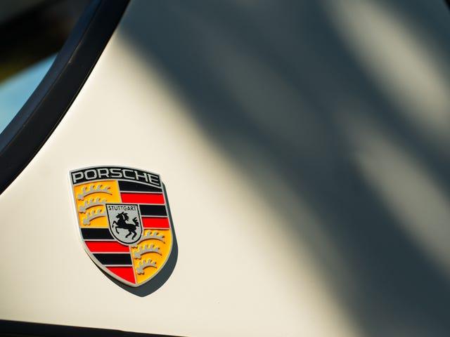 Votre papier peint d'insigne Porsche ridiculement génial est arrivé