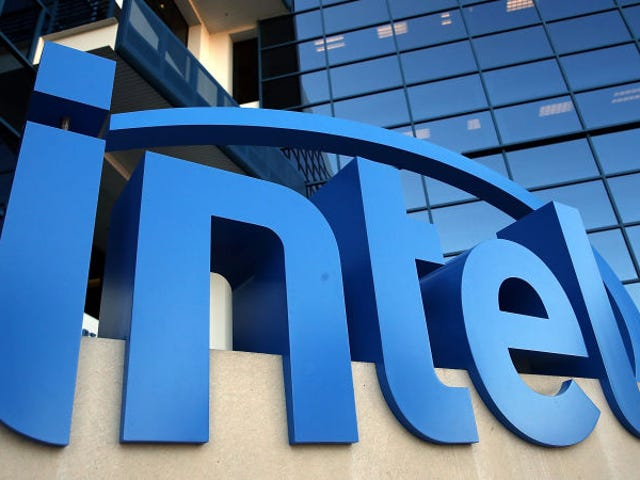 No han tardado: demandan a Intel por las vulnerabilidades. Fusión y Espectro y cómo afectan a los procesadores