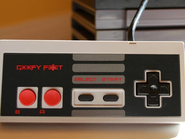 There's Finally an NES Controller For Left-Handed Gamers