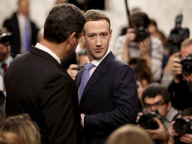 """Das britische Parlament sagt, """"Digitale Gangster"""" auf Facebook können sich nicht selbst überwachen"""