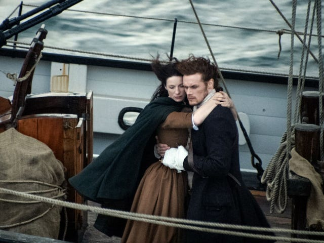 Gather Round and Let's Discuss theOutlander Season Finale