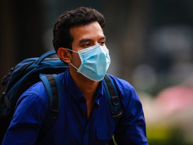 ¿Cuánto ayudan las máscaras faciales a prevenir la propagación de virus?