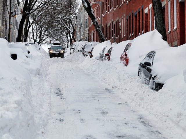 เมืองต่างๆตัดสินใจว่าจะทำอย่างไรกับหิมะ