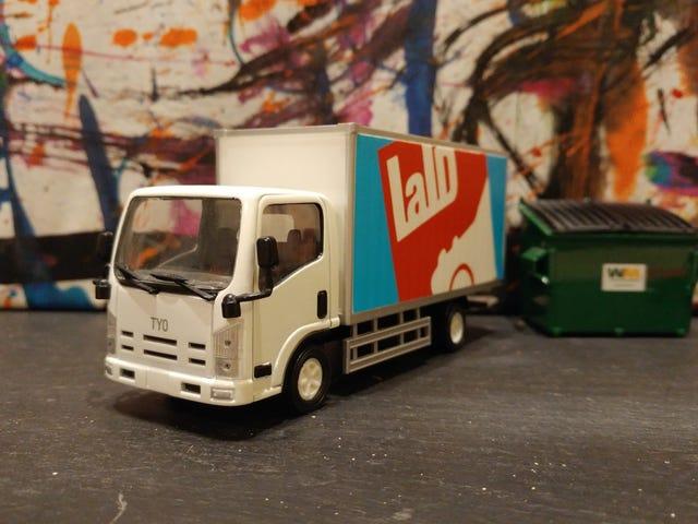 LaLD Car Week - ฟรีสำหรับทุกวันศุกร์: Tyo Toys Box Truck