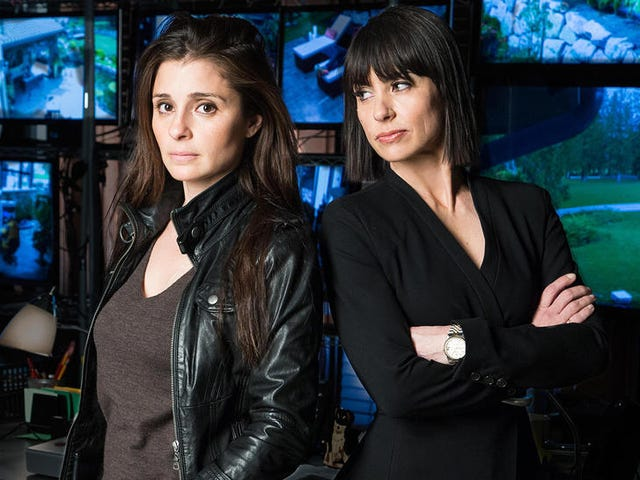 UnREAL's Exhausting Final Season Suspends Reality in Favor of Horror