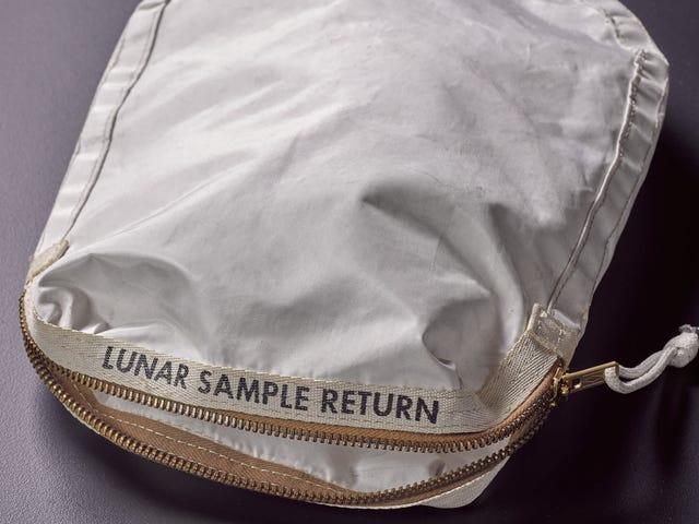 Wanita Berani NASA untuk Dihukum Dengan Apollo Precious 11 Tas Contoh Lunar