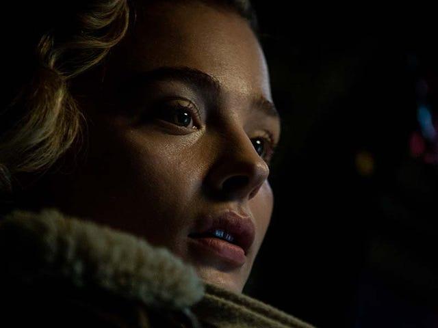Chloë Grace Moretz va a la guerra y un thriller de venganza llega al extremo en Midnight Madness
