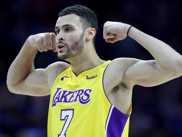 Larry Nance Jr. Obliterates Kevin Durant With A Huge Dunk