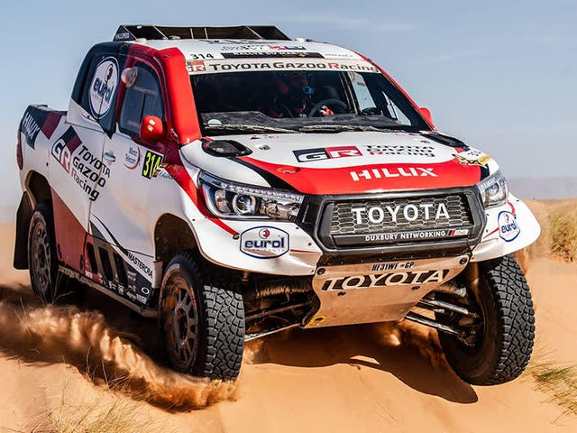 Fernando Alonso Is Officially On The Dakar Rally Roster With Toyota
