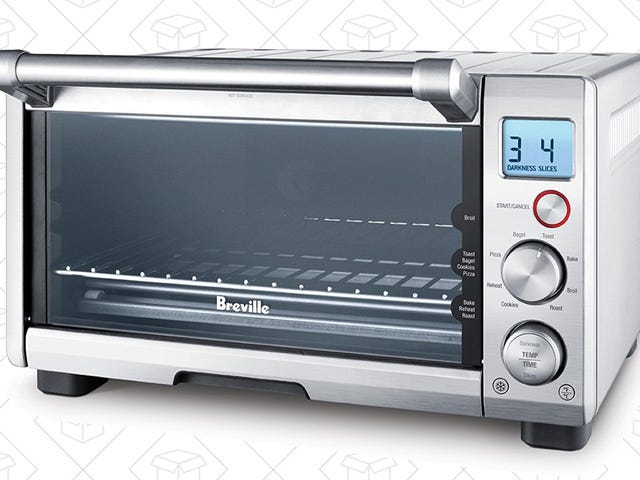 This $110 Breville Smart Oven Might Be Black Friday's Best Deal [Update: Still Available]