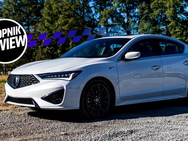 Acura ILX 2019 đẹp như vẻ ngoài của nó