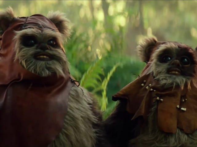 Se Warwick Davis og hans søn spille Wicket og hans søn i Star Wars: The Rise of Skywalker