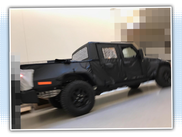 Εδώ είναι ένα άλλο διαρρεύσει εικόνα του Jeep Wrangler Pickup