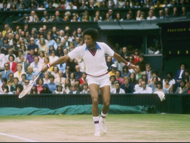 Tennis Great Arthur Ashe onorato con Street Naming Ceremony in Virginia